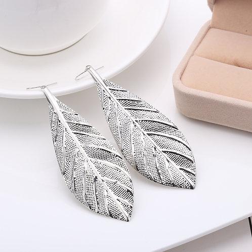 Kayla Leaf Earring