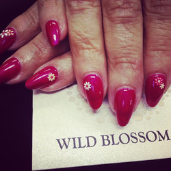 All heart!_#wildblossomspa #wildblossom #wild #nails #nail #nailswag #nailart #nailglitter