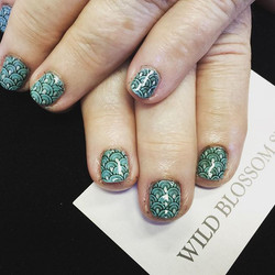 Tiffany with a little extra! #BestClientsInTheWorld #nailsoftheday #instanails #naillaquer #beauty #
