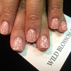 It was great to see you as always! _preshgomez #nails #nailglitter #nailswag #perfect10 #wild #wildb