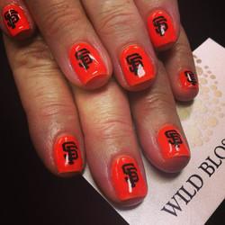 Go Giants!!!!!!!_#wildblossomspa #wildblossom #wild #nails #nail #nailswag #nailart #nailglitter_#nu