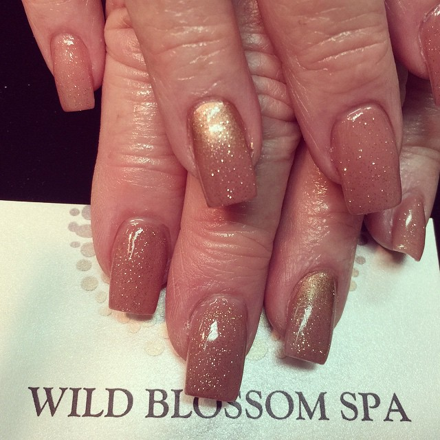 #nails #nailglitter #nailswag #nails #perfect10 #wild #wildblossom #wildblossomspa_#bestclientsinthe