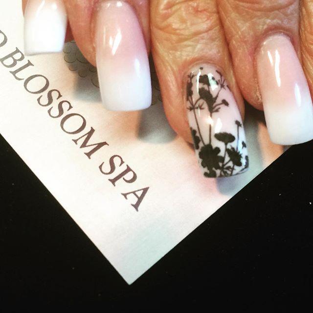 Love that pink & white fade! #BestClientsInTheWorld_#frenchmanicure #nailbar #nailsalon #spa _#nails