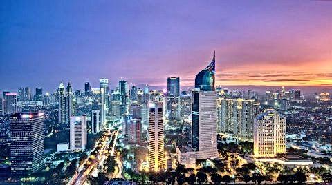 Jakarta-Skyline-from-Bund.jpg