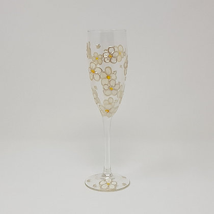 Champagne glasses: Daisy