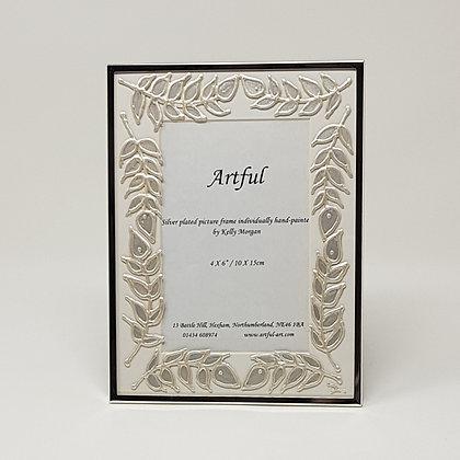 Portrait frame: Silver Leaves
