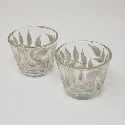 Round tealight holder: Silver Leaves