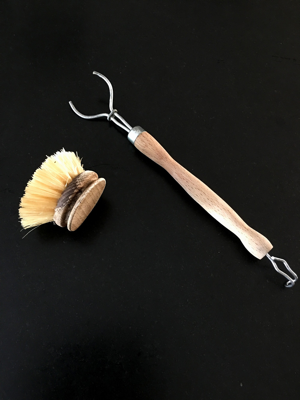 Sustainable dish brush, Natural cleaning, plastic free living, zero waste home, non-toxic home, green cleaning,