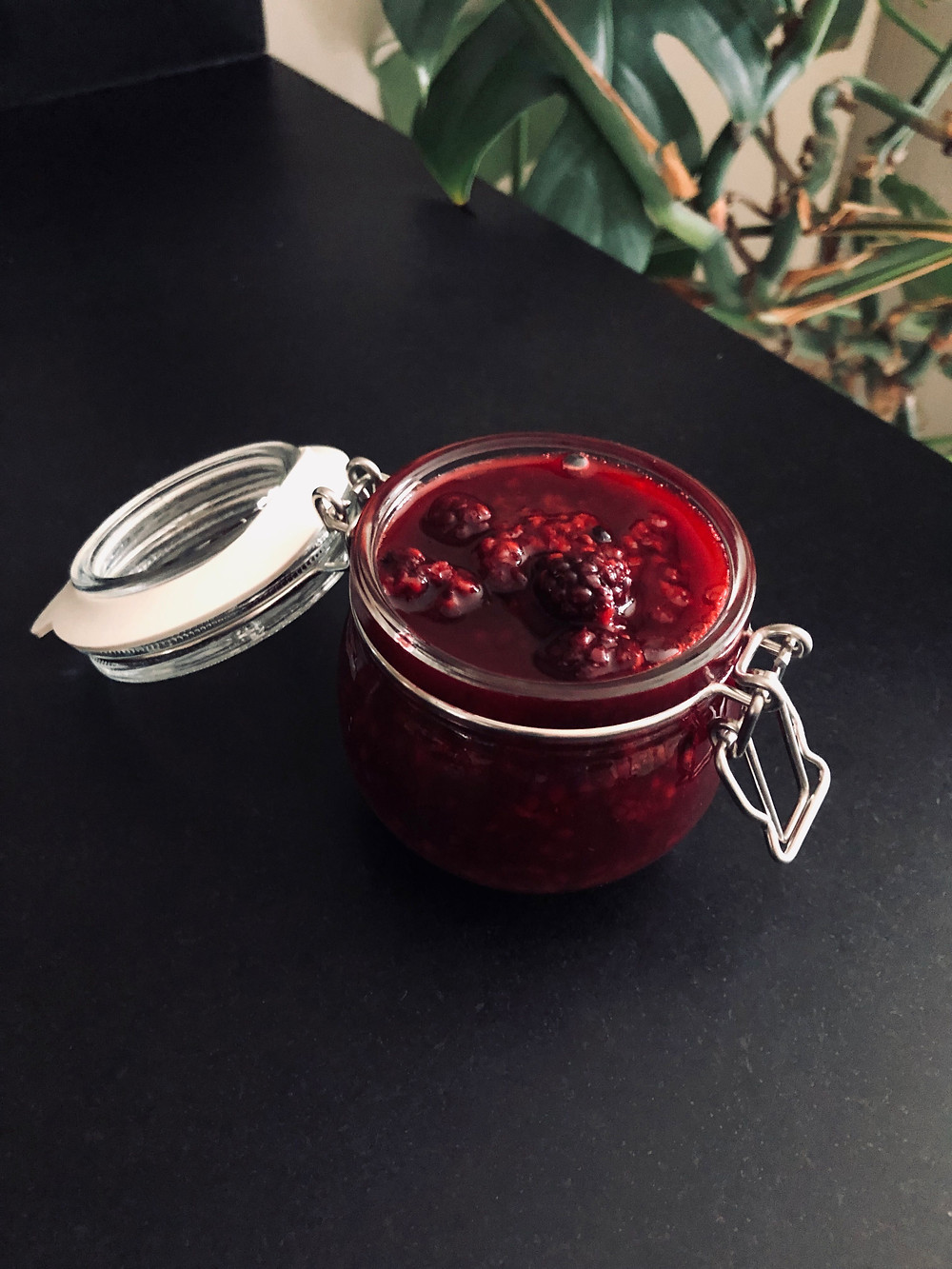 Add some extra fun to your Autumn walks. Forage for some wild blackberries and you can make delicious compote in 5 minutes flat!