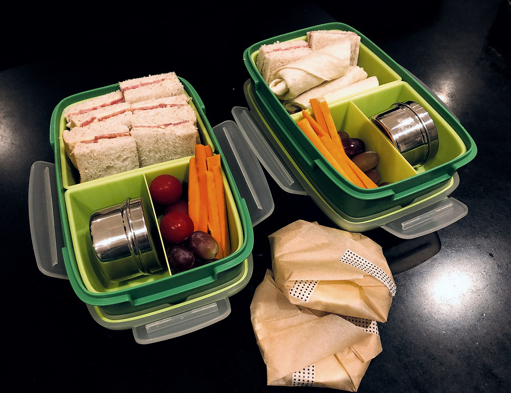 Some simple tips to reduce food waste from school lunches. Good quality reusable lunch boxes and drink bottles are key