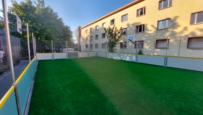 Neuer Soccer Court im Übergangswohnheim       Marienfelder Allee