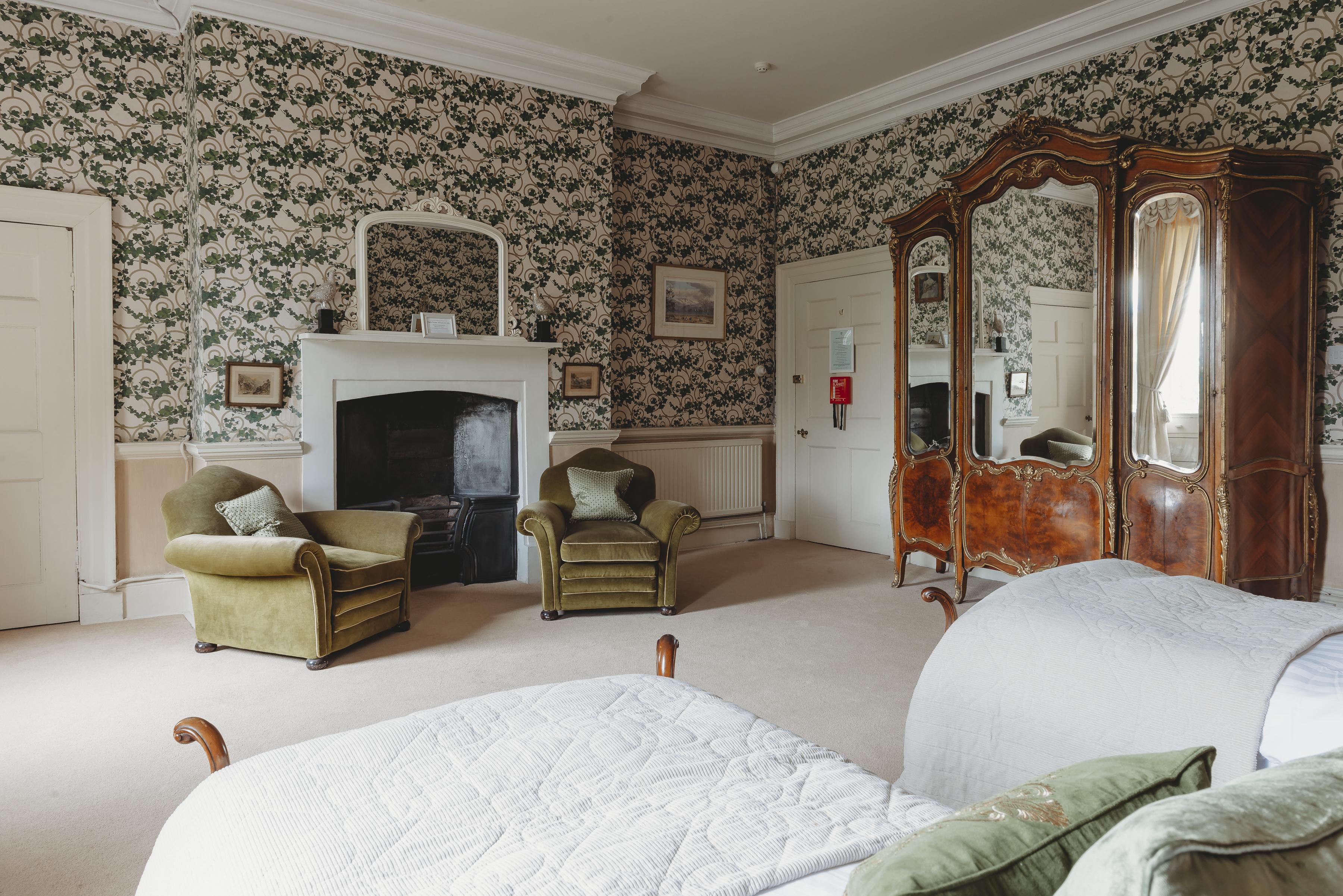 Baronet Bedroom