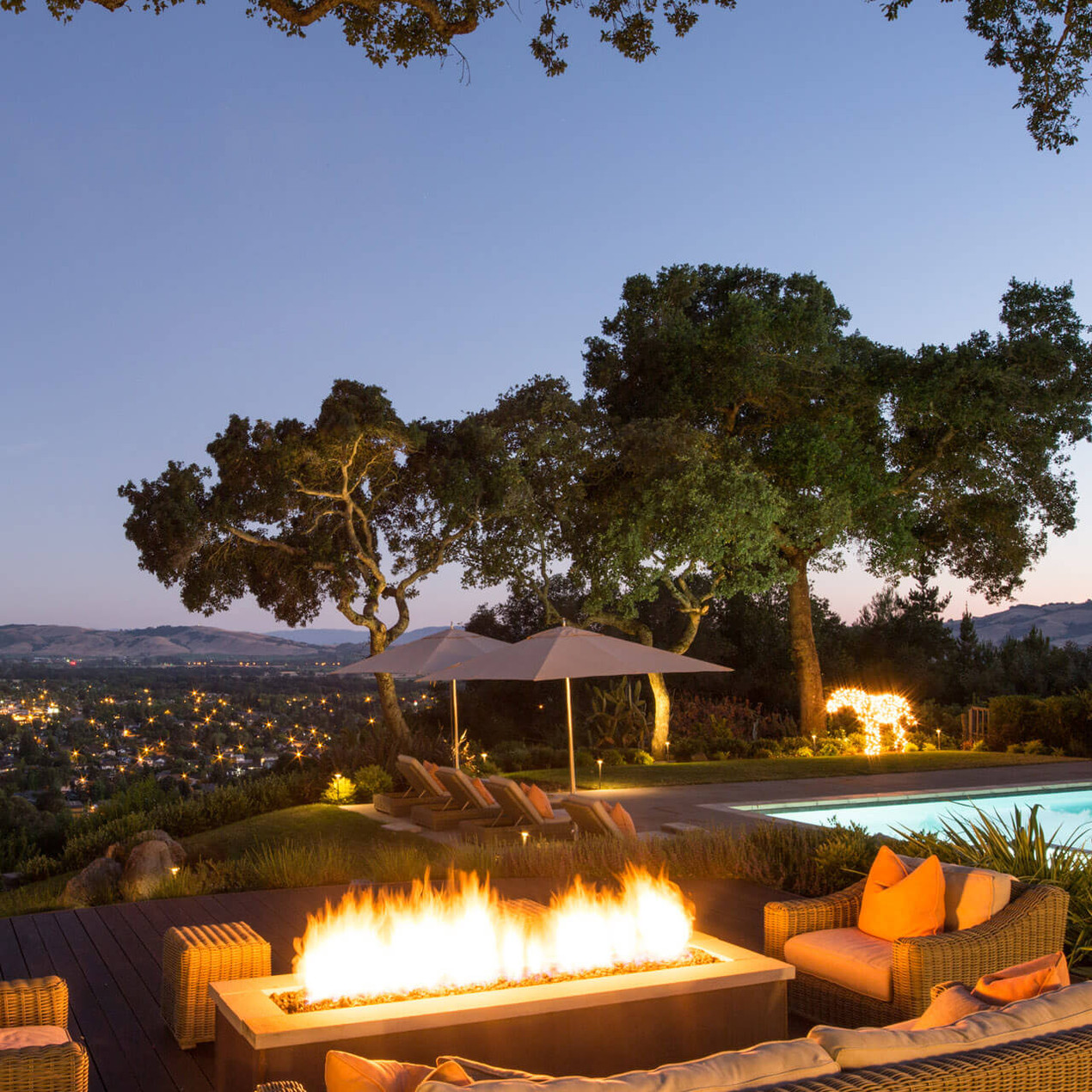 jardim residencial tem um paisagismo de qualidade