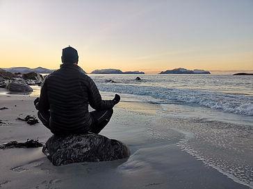Rolig yoga_4 vekers kurs.jpg