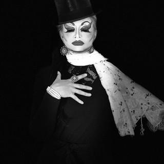 Drag Magician: Me, myself & I