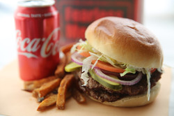 Double Fearless Beach Burger 3 1I1C3536.