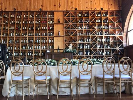 Una boda con estilo y buen sabor en Vino Mundo