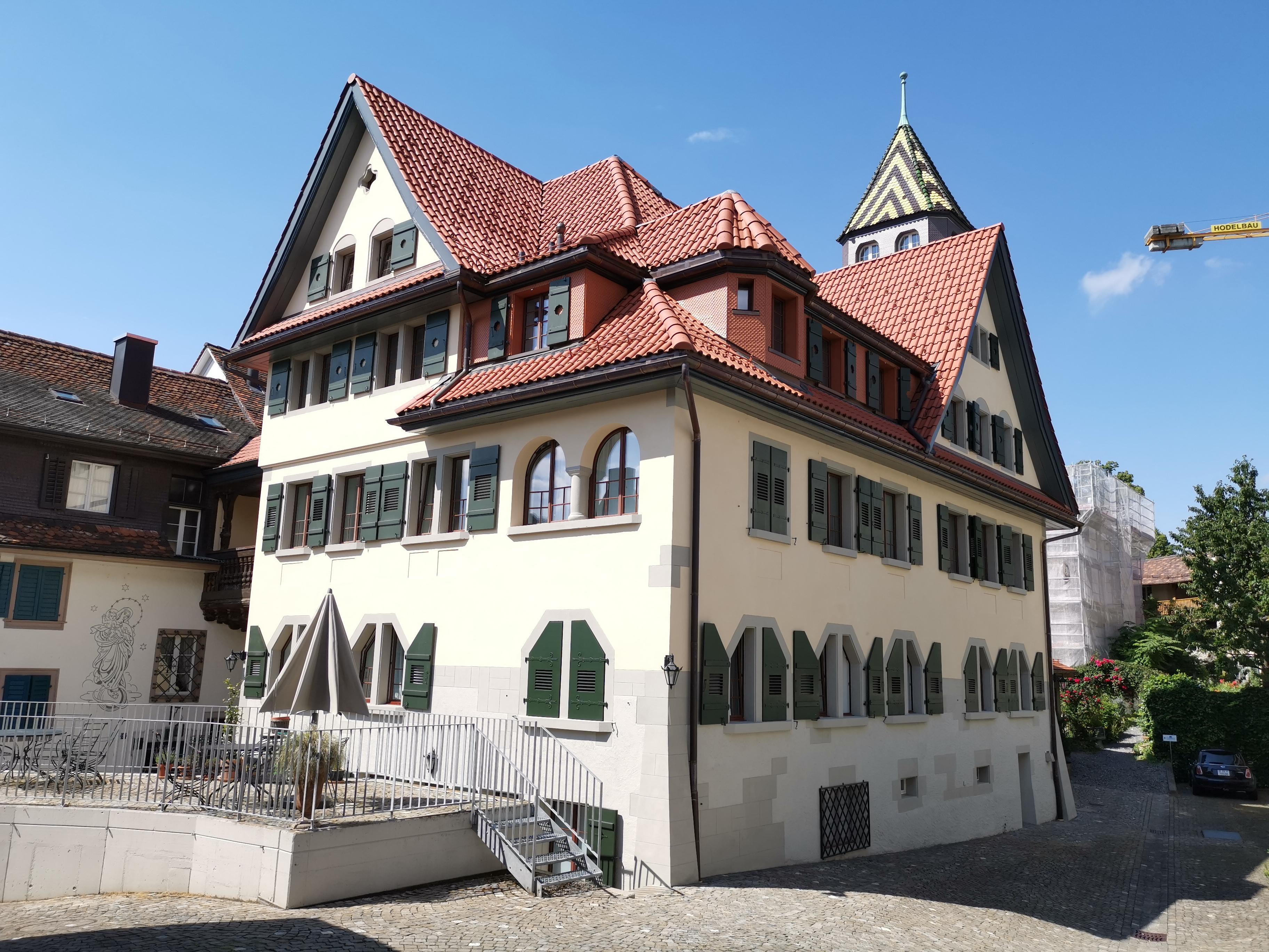 Schlosshof, Zug - nach Umbau