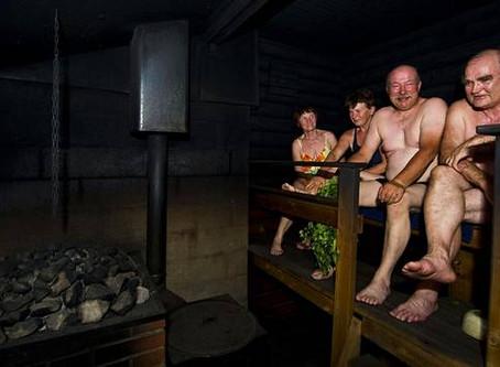 """Finse onderzoekers ontdekten onverwachte effecten op de gezondheid dankzij de sauna: """"De kwesti"""