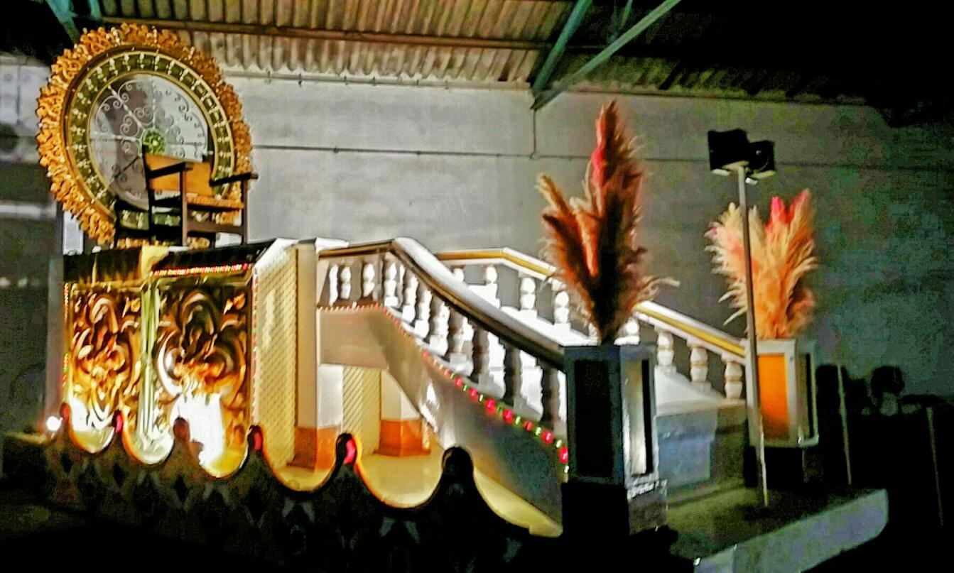 23 Escalera palacio