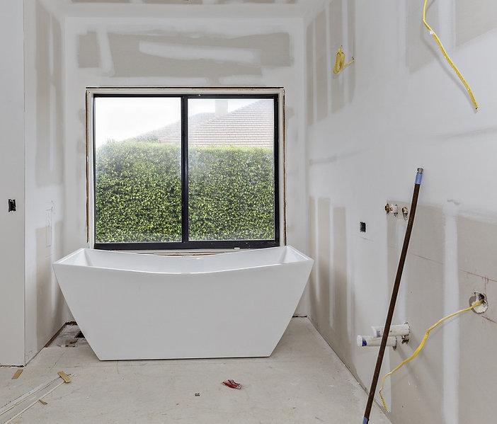 bathroombefore1.jpg