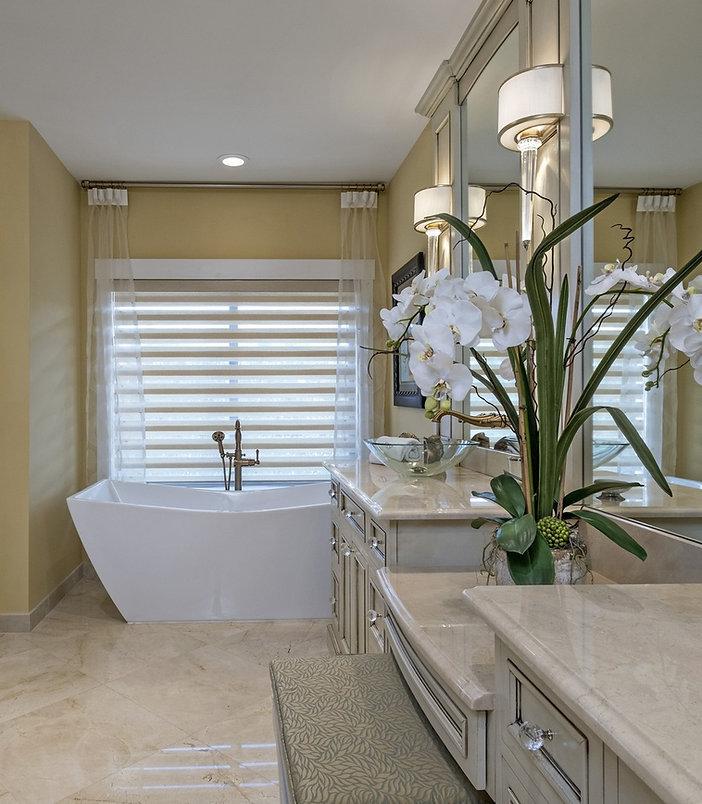 bathroomafter1.jpg