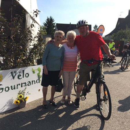 "2EME EDITION DU ""VELO GOURMAND"" ORGANISEE PAR LES BENEVOLES DE LA LLIGUE CONTRE LE CANCER"