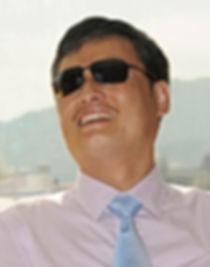 Chen Guangcheng_edited.jpg