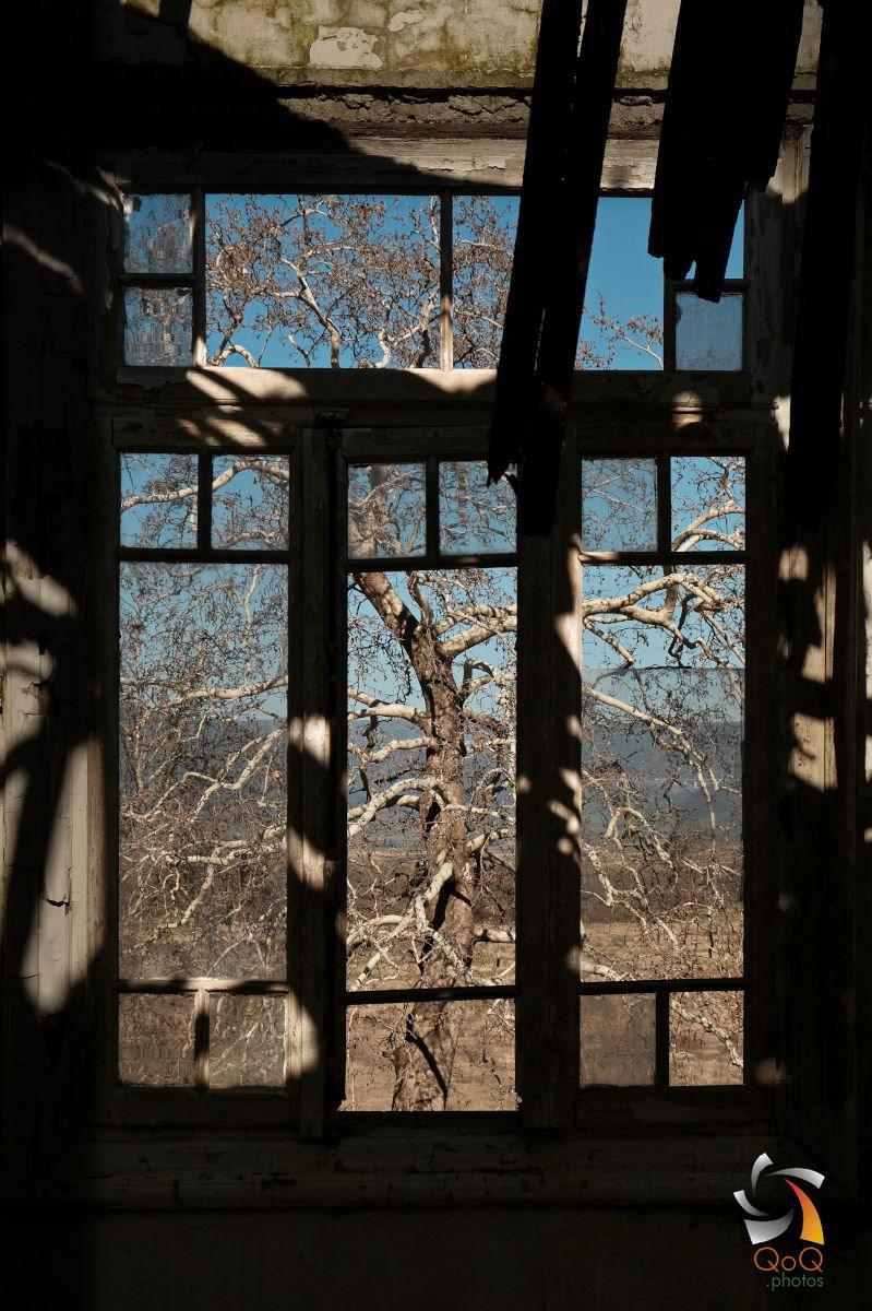 Ypati abandoned hotels
