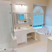 White shower corner tub.jpg