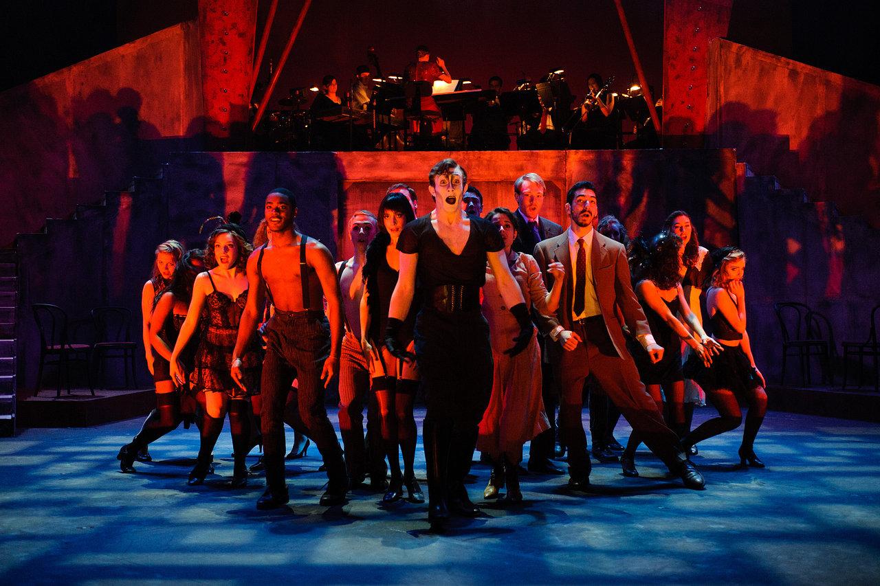 cdz.cabaret.2011-11-17.020