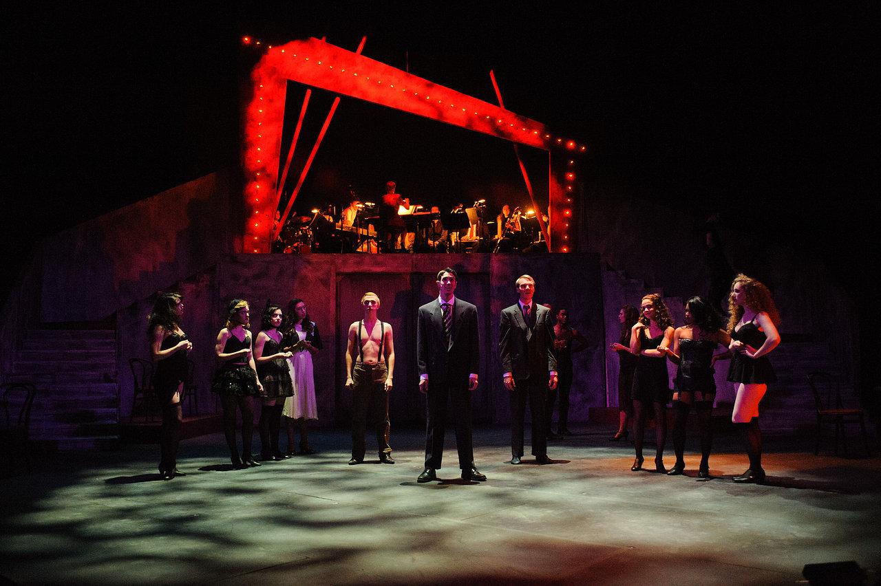 cdz.cabaret.2011-11-17.004