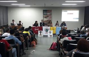 """""""Sou mulher, sou atingida e a Samarco não vai me calar"""" - por MAB"""