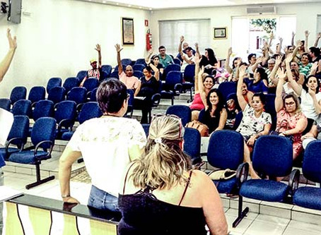 Servidores de Gavião Peixoto rejeitam proposta e pedem negociação direta com prefeito