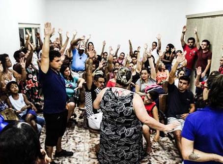 Assembleia lotada em Santa Lúcia: servidores rejeitam propostas do governo