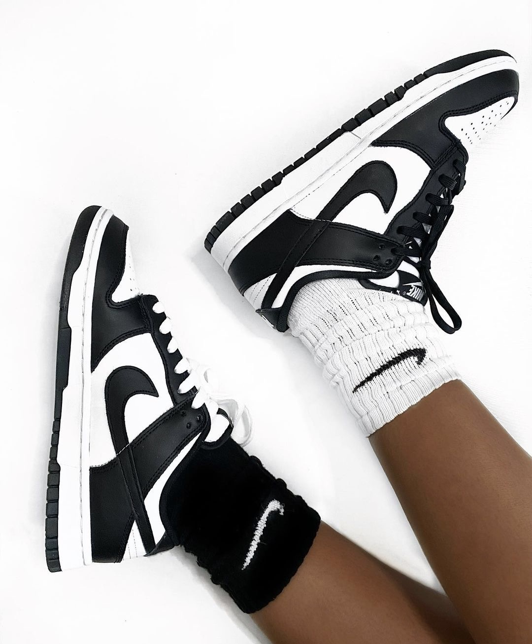 Nike Dunk Low Retro 'Black and White'