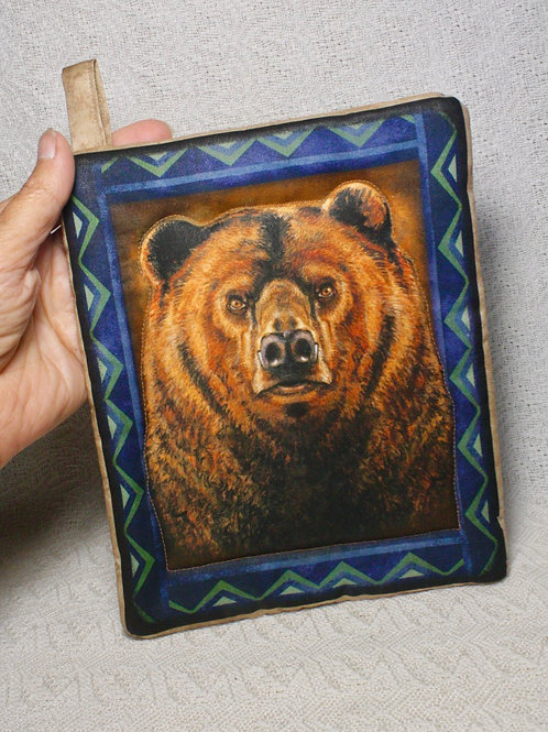 Pair of Grizzly Pot Holders