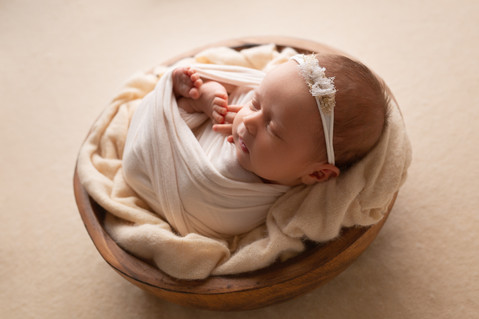 Noosa Newborn Photo