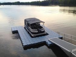 U shaped dock