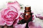 huile-essentielle-de-bois-de-rose.jpg