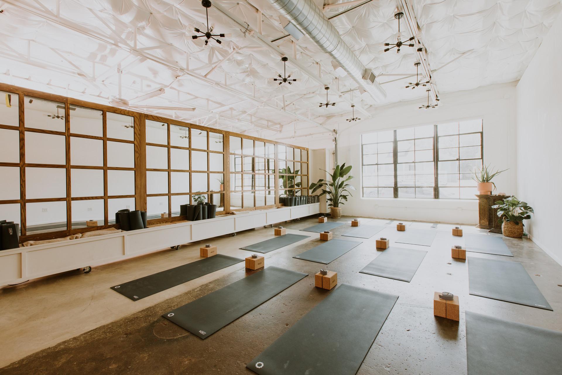 clemons-urban-hippie-yoga-9-19-20-hdr.jp