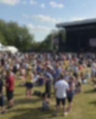saturday-crowd-at-newark-festival-2017-1