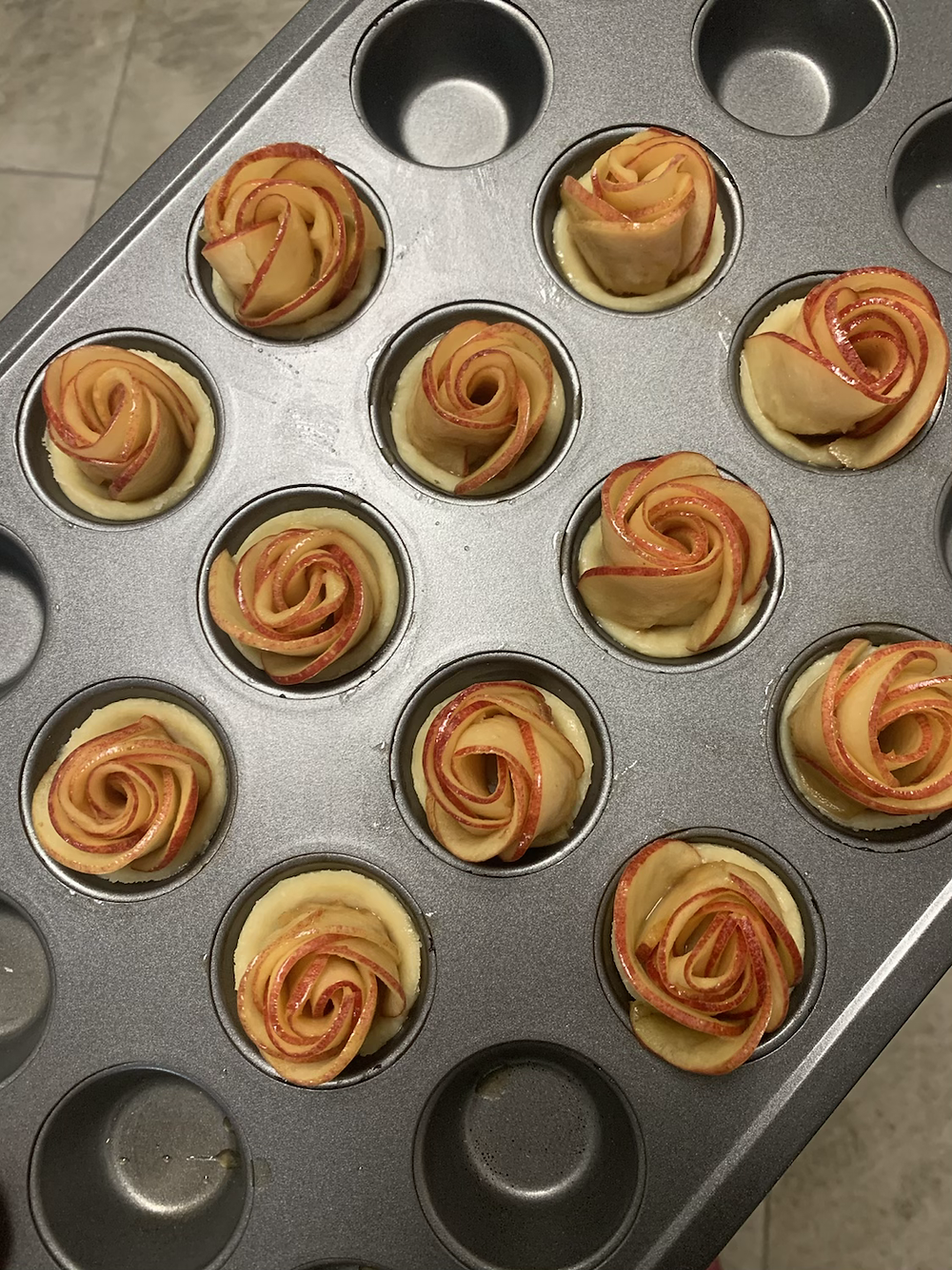 Mini Apple Pie Roses prior to baking