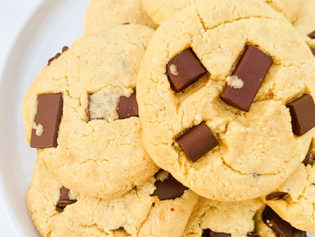 Best Chunky Chocolate Chip Cookies