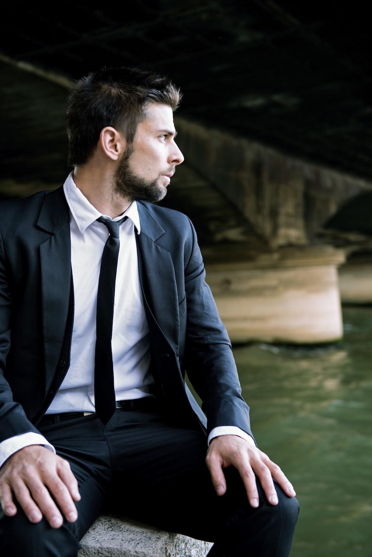 Jeremy Angelier Casting figurant élégant