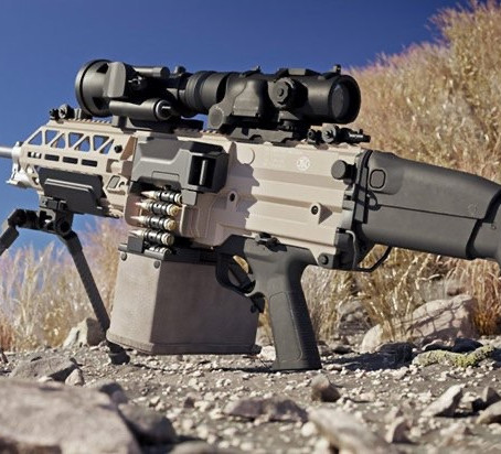 FN EVOLYS - Fabrique Nationale presents the 5.56x45 and 7.62x51 ultra-light machine gun