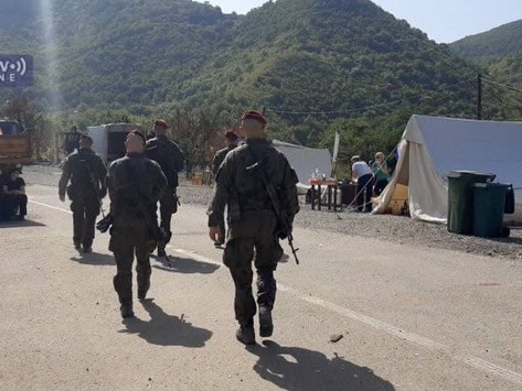 ❗️NATO-led Kosovo Force (KFOR) moves TROOPS to the Jarinje crossing