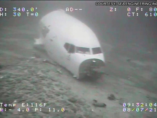 Photos of the crashed Boeing Transair under water
