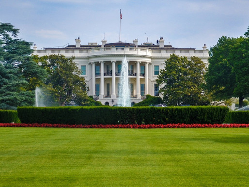 The WH DENIES froze an aid package to Ukraine