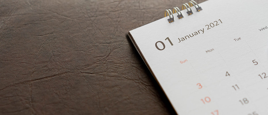 close-up-top-view-white-calendar-2021-sc